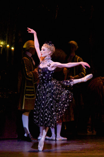 0694_sarah_lamb_as_manon_in_manon_r