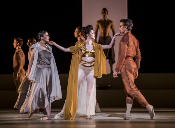 Medusa-artists-of-the-royal-ballet-roh-2
